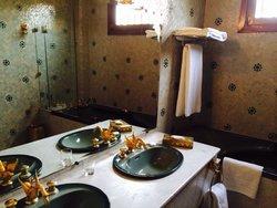 Salle de bain d'une propreté remarquable