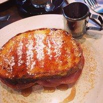 Le Sucre Cafe