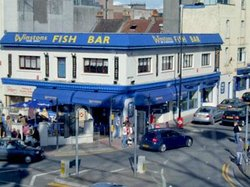 ‪Winstons Fish Bar‬