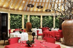 Qunu Restaurant