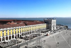 Nosolo Italia Lisboa Praca do Comercio