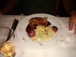 chicken in stifado sauce