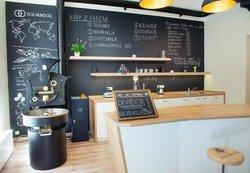 Dos Mundos Artisan Coffee Roastery