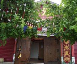Entrée du temple (extérieur)