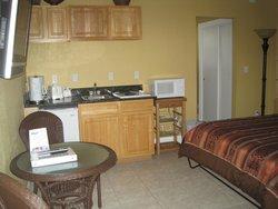#204 Kitchen area