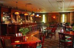 Desmonds Restaurant & Pub