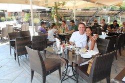 Iontos Cafe-Restaurant