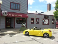 Pat's Tavern and Grill