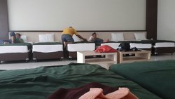 12 bed in one room