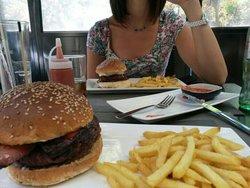 Gobu Burger