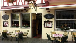 Leckerbissen Restaurant Graacher Tor