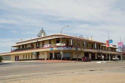 Bridgeport Hotel