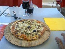 La Pizzatheque