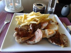 Costa Dining