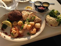 Uncle Ernie's Bayfront Grill