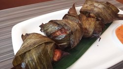 chicken wrapped in banana leaf