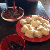 Yang's Hot Woks Noodles & Dumplings
