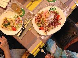 Os pratos.