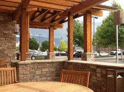 Nice view of the mountains from the front patio.