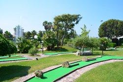River Green Golf
