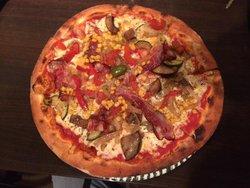 Pizza Fjaka
