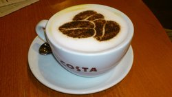 I love decorations in coffee...