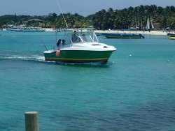 Roatan Anglers - Fishing Day Charters
