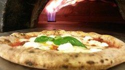 immagine Pizzeria Vesuvia In Bologna