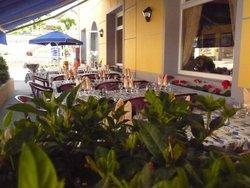 Hotel-Restaurant l'Auberge des Avenières