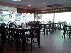Restoran Laguna Kuring
