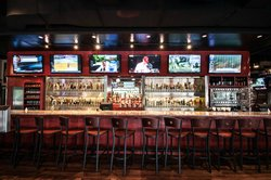 Duckworth's Grill & Taphouse Huntersville