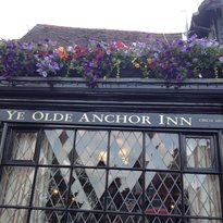 ‪Ye Olde Anchor Inn‬