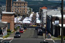 Astoria Sunday Market