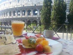 Super colazione con vista colosseo