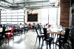 Industria Pizzeria + Bar Griffintown