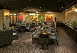 Palettes Restaurant & Lounge