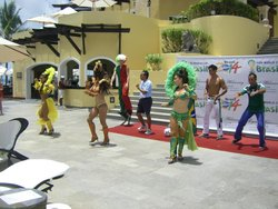 World Cup entertainers poolside one afternoon!