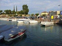 Navicharters - Noleggio Pontoon Boats