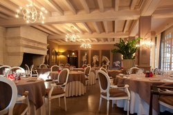 Restaurant Gastronomic - Le Vallon de Valrugues