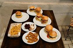 Cidadão do Mundo Burgers & Arts