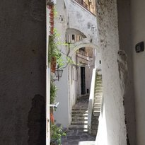 Vicoli, scale e archi