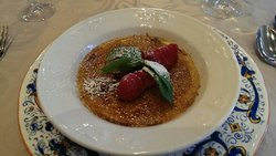 Honey cake creme brulee