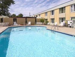 Days Inn Cleveland/Willoughby