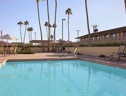 加利福尼亞州布萊斯戴斯飯店