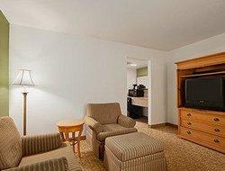 Days Inn & Suites Grand Rapids/Grandville