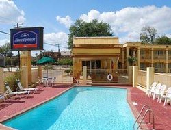 Howard Johnson Inn - Historic Lake Charles
