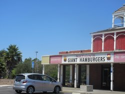 Nation's Giant Hamburgers & Great Pies