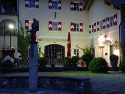 Schlosseinkehr Hohenaschau