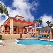 Texas Inn & Suites Raymondville