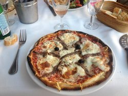 Pizzeria & Restaurant Manu